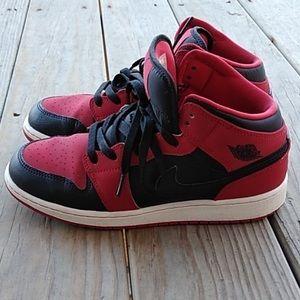 Nike Shoes - Jordan Retro 1 Mids in Great Shape